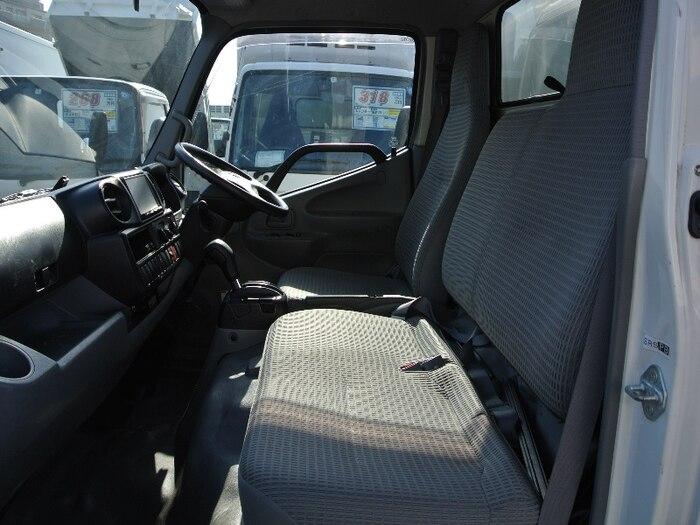 トヨタ ダイナ 小型 アルミバン サイドドア TKG-XZU605|荷台 床の状態 トラック 画像 トラックサミット掲載