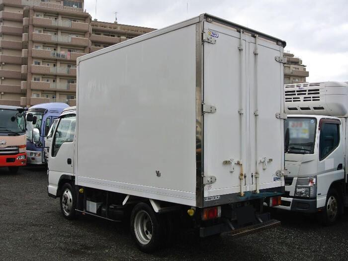 いすゞ エルフ 小型 冷凍冷蔵 保冷 PB-NKR81AN トラック 右後画像 リトラス掲載