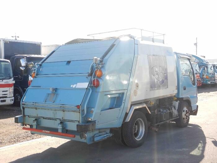 日産UD コンドル 小型 パッカー車 プレス式 PB-BKR81AN|トラック 右後画像 リトラス掲載