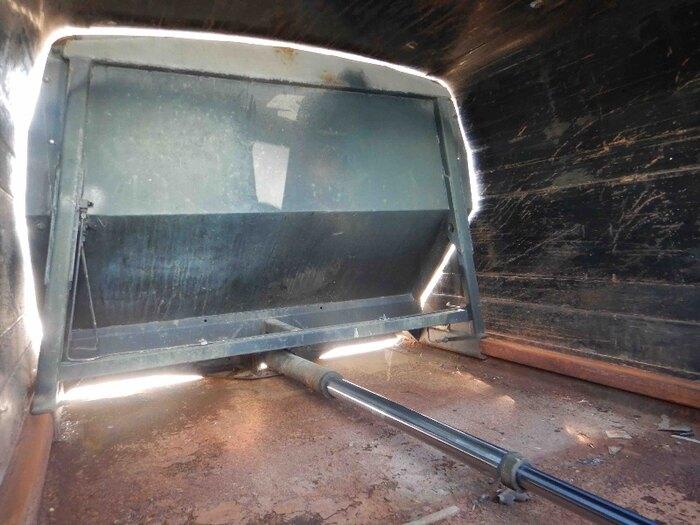 日産UD コンドル 小型 パッカー車 プレス式 PB-BKR81AN|運転席 トラック 画像 トラック王国掲載