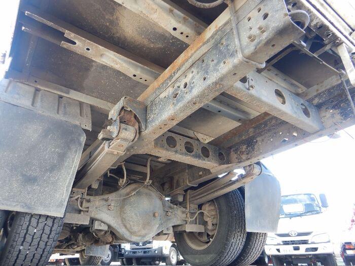 日野 デュトロ 小型 平ボディ BDG-XZU378M H20|荷台 床の状態 トラック 画像 トラックサミット掲載