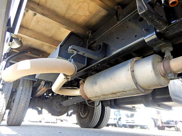 日野 レンジャー 中型 平ボディ 床鉄板 ベッド|タイヤ トラック 画像 トラック市掲載