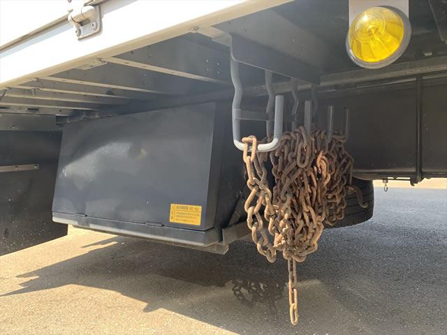 いすゞ ギガ 大型 ウイング エアサス ベッド|走行距離 72.2万km トラック 画像 トラックランド掲載