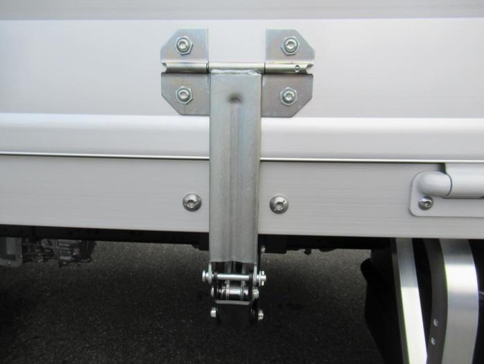 三菱 ファイター 中型 ウイング エアサス ベッド 画像11