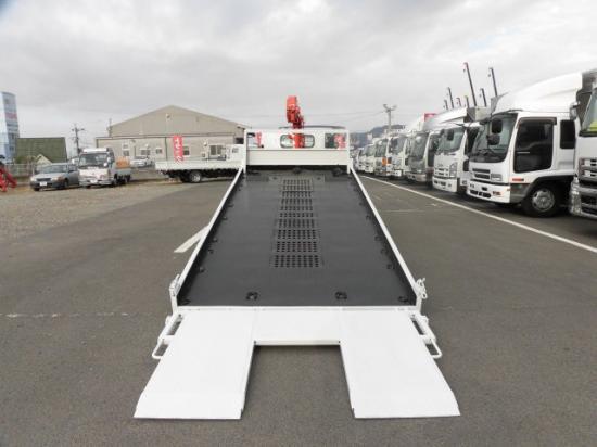 いすゞ エルフ 小型 車輌重機運搬 3段クレーン ラジコン|運転席 トラック 画像 トラック王国掲載