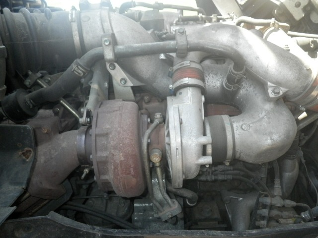いすゞ ギガ 大型 平ボディ アルミブロック エアサス|駆動方式 6x2 トラック 画像 リトラス掲載