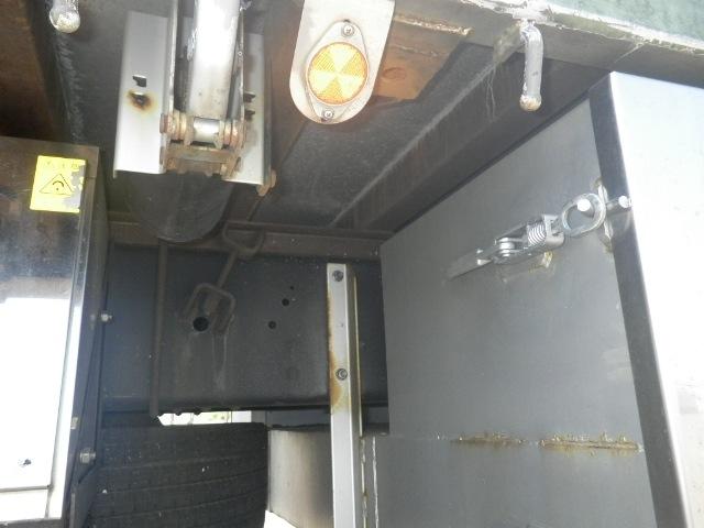 いすゞ ギガ 大型 平ボディ アルミブロック エアサス|型式 PDG-CYL77V8 トラック 画像 栗山自動車掲載