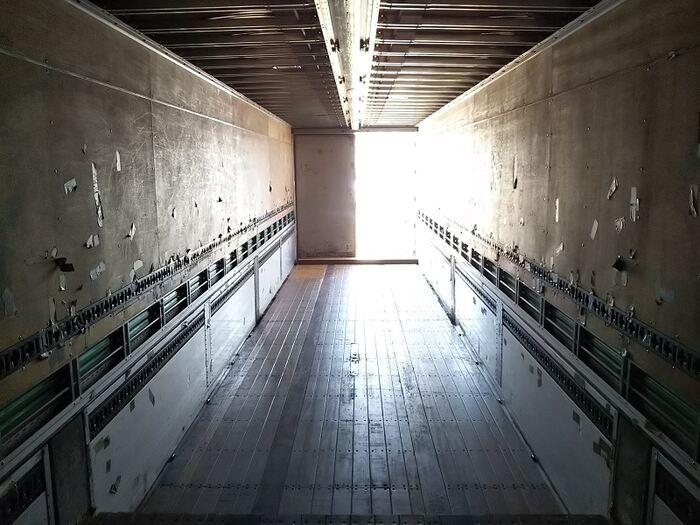 国内・その他 国産車その他 その他 トレーラ 2軸 エアサス トラック 背面・荷台画像 トラック市掲載