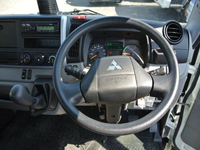 三菱 キャンター 小型 平ボディ 床鉄板 2PG-FEB50 積載 2t トラック 画像 ステアリンク掲載