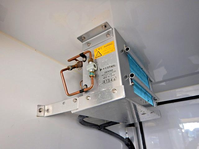 ダイハツ ハイゼット 軽 冷凍冷蔵 低温 サイドドア 画像5