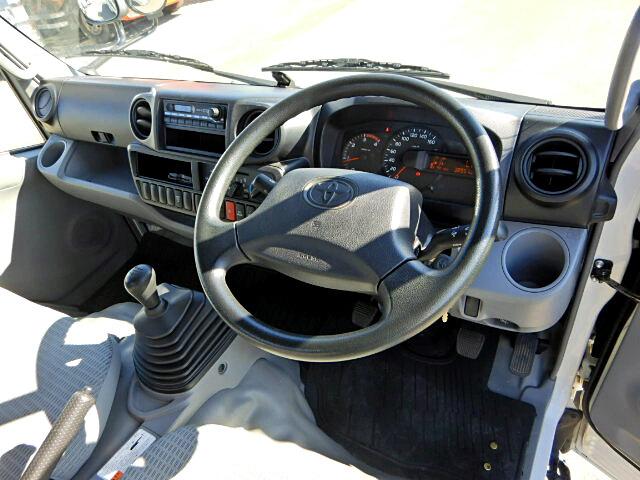 トヨタ ダイナ 小型 平ボディ TKG-XZC655 H26|画像5