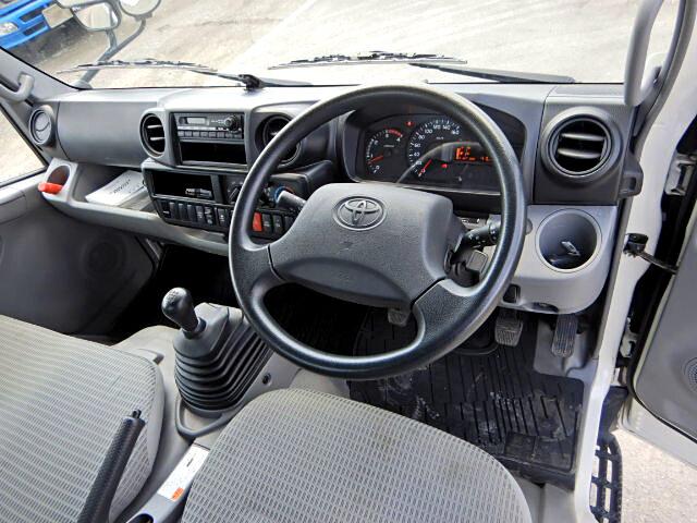 トヨタ ダイナ 小型 平ボディ TKG-XZU605 H28|画像4