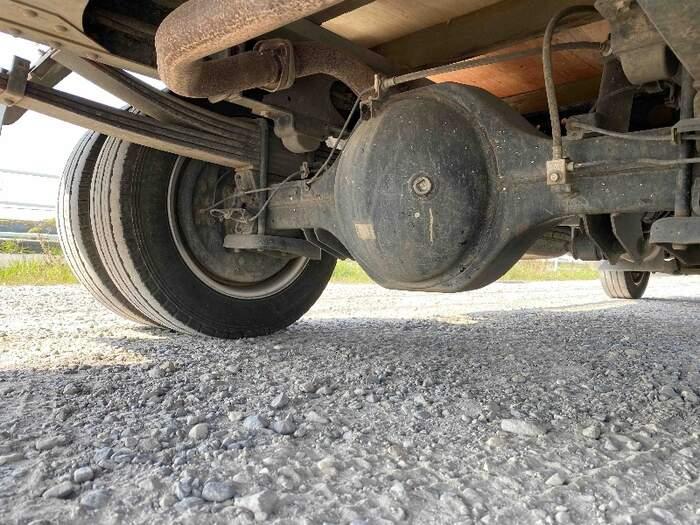 日産 アトラス 小型 平ボディ パワーゲート SKG-TZ3F24 シャーシ トラック 画像 キントラ掲載