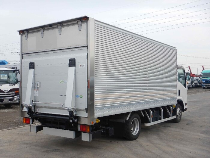 いすゞ エルフ 小型 アルミバン パワーゲート サイドドア|トラック 右後画像 リトラス掲載