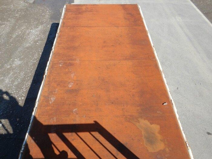 いすゞ フォワード 中型 平ボディ 床鉄板 PKG-FRR90S2|型式 PKG-FRR90S2 トラック 画像 栗山自動車掲載