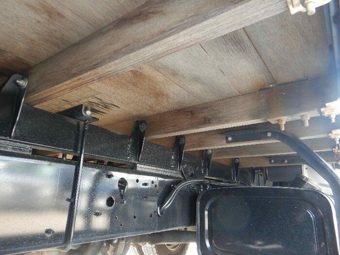 日野 レンジャー 中型 平ボディ パワーゲート 床鉄板|画像10