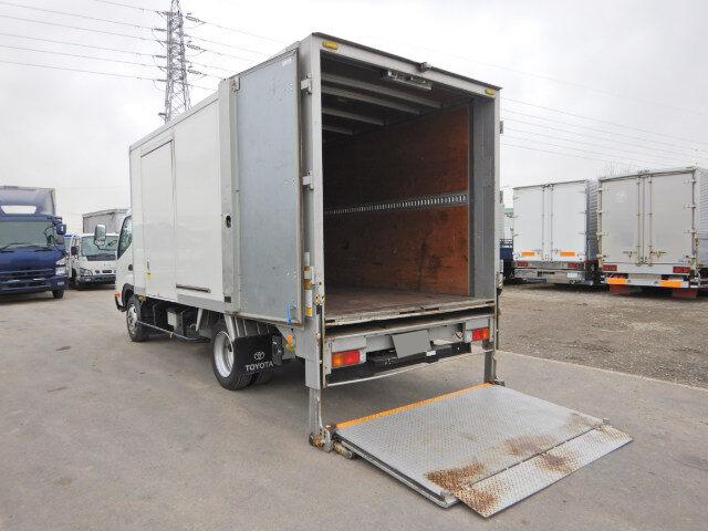 トヨタ ダイナ 小型 アルミバン パワーゲート サイドドア|シフト MT5 トラック 画像 ステアリンク掲載