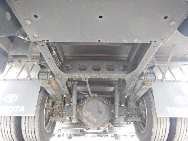 トヨタ ダイナ 小型 アルミバン パワーゲート サイドドア|運転席 トラック 画像 トラック王国掲載