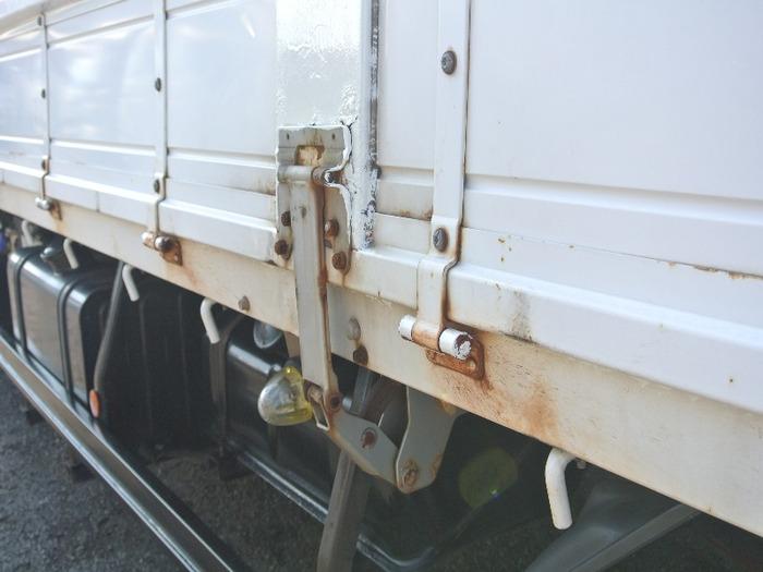 日産UD コンドル 中型 平ボディ SKG-MK38L H23 運転席 トラック 画像 トラック王国掲載