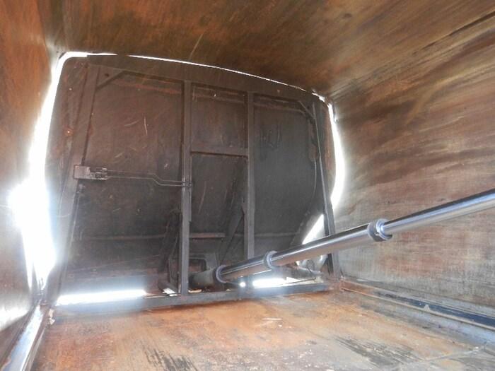 日産UD コンドル 中型 パッカー車 プレス式 BDG-PK36C|架装 新明和  トラック 画像 トラックバンク掲載