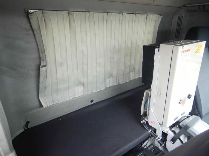 日野 レンジャー 中型 タンク車 ローリー BDG-GX7JKWA 走行距離 30.7万km トラック 画像 トラックランド掲載