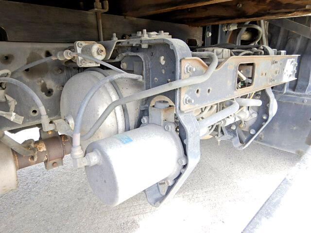 日産UD コンドル 中型 平ボディ 床鉄板 ベッド|フロントガラス トラック 画像 トラック王国掲載