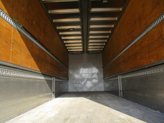 いすゞ ギガ 大型 ウイング パワーゲート ハイルーフ|トラック 背面・荷台画像 トラック市掲載