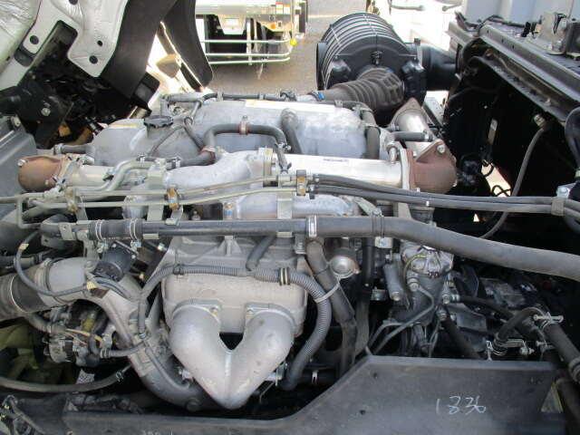 いすゞ ギガ 大型 ウイング パワーゲート ハイルーフ|車検 R2.5 トラック 画像 キントラ掲載