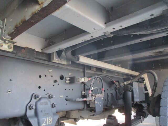 いすゞ ギガ 大型 ウイング パワーゲート ハイルーフ|シフト AT トラック 画像 ステアリンク掲載