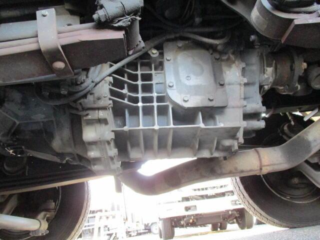 いすゞ ギガ 大型 ウイング パワーゲート ハイルーフ|タイヤ トラック 画像 トラック市掲載