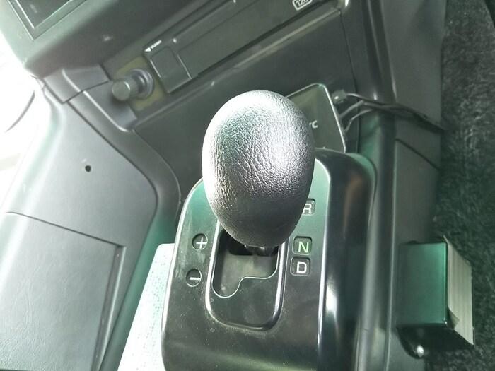 三菱 スーパーグレート 大型 トラクタ ハイルーフ 2デフ|シフト AT トラック 画像 ステアリンク掲載