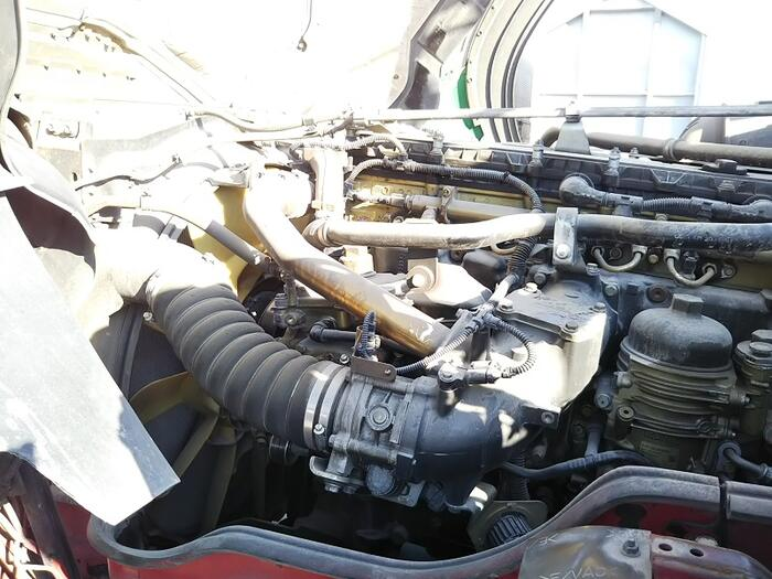 三菱 スーパーグレート 大型 トラクタ ハイルーフ 2デフ|走行距離 51万km トラック 画像 トラックランド掲載