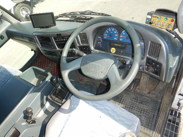 日産UD コンドル 中型 パッカー車 プレス式 ベッド|型式 BDG-PK36C トラック 画像 栗山自動車掲載