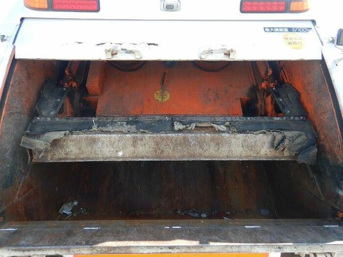 日産UD コンドル 中型 パッカー車 プレス式 ベッド|シフト MT6 トラック 画像 ステアリンク掲載