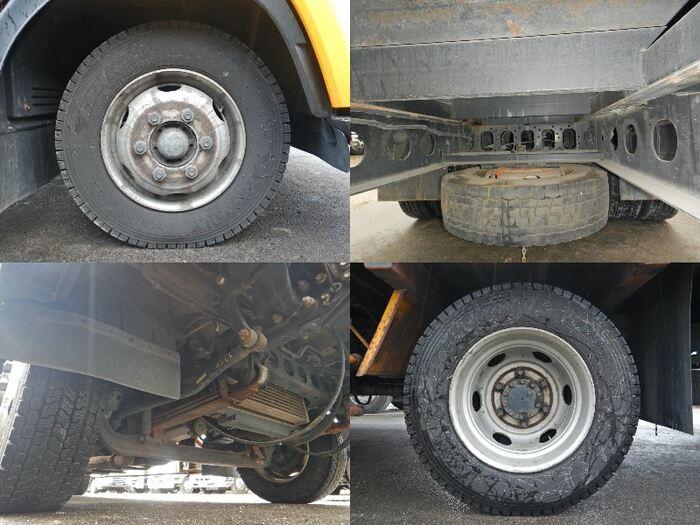 いすゞ フォワード 中型 クレーン付 アルミブロック 3段 フロントガラス トラック 画像 トラック王国掲載