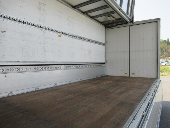 三菱 ファイター 中型 ウイング エアサス ベッド|架装 パブコ トラック 画像 トラックバンク掲載