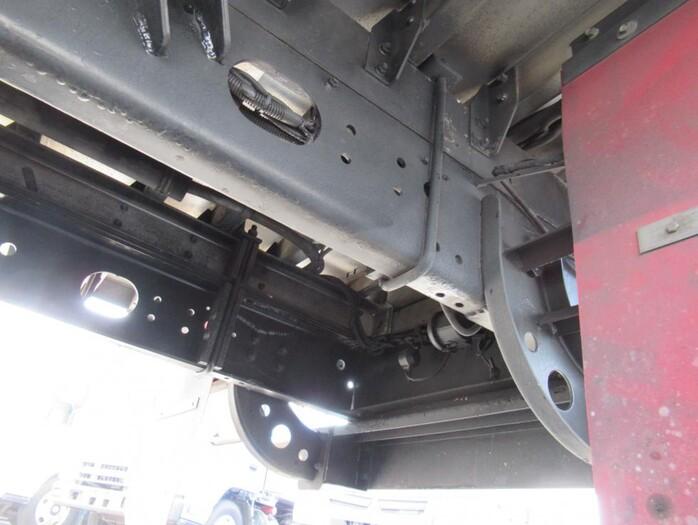 三菱 ファイター 中型 ウイング エアサス ベッド|タイヤ トラック 画像 トラック市掲載