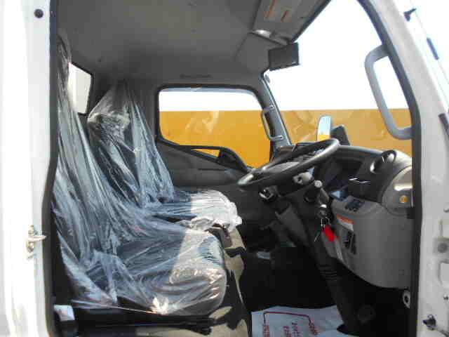 三菱 キャンター 小型 ウイング 2PG-FEB50 R2 車検  トラック 画像 キントラ掲載