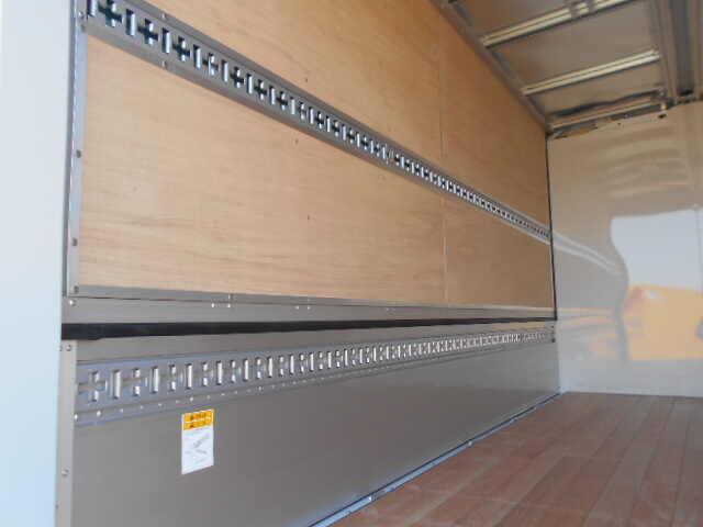 三菱 キャンター 小型 ウイング 2PG-FEB50 R2 駆動方式 4x2 トラック 画像 リトラス掲載