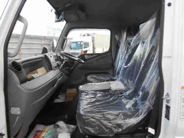 三菱 キャンター 小型 ウイング パワーゲート 2PG-FEB80|シフト MT5 トラック 画像 ステアリンク掲載