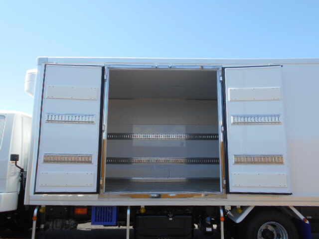 三菱 ファイター 中型 冷凍冷蔵 低温 スタンバイ|トラック 背面・荷台画像 トラック市掲載
