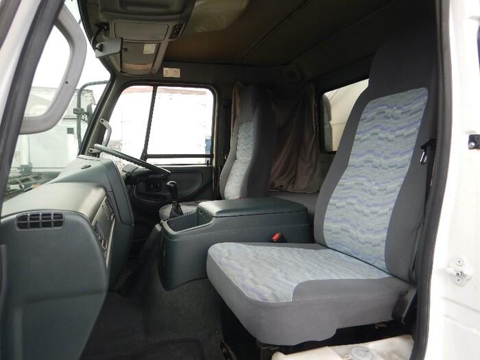 日産UD コンドル 中型 ウイング 幌ウイング ベッド|駆動方式 2WD トラック 画像 リトラス掲載