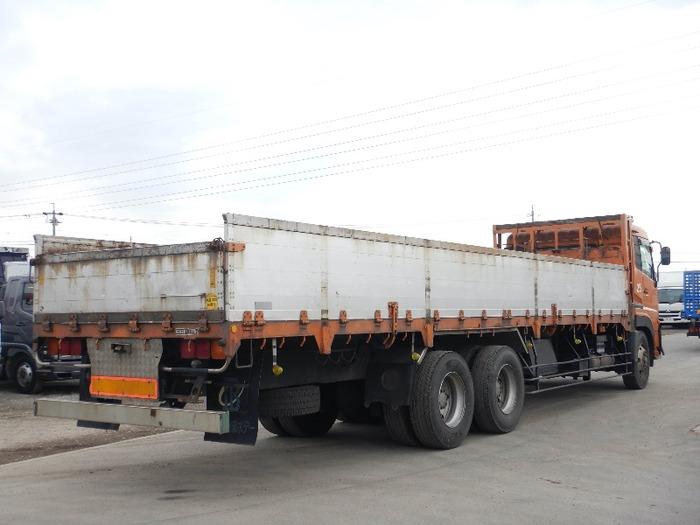 日産UD クオン 大型 平ボディ 床鉄板 アルミブロック|トラック 右後画像 リトラス掲載