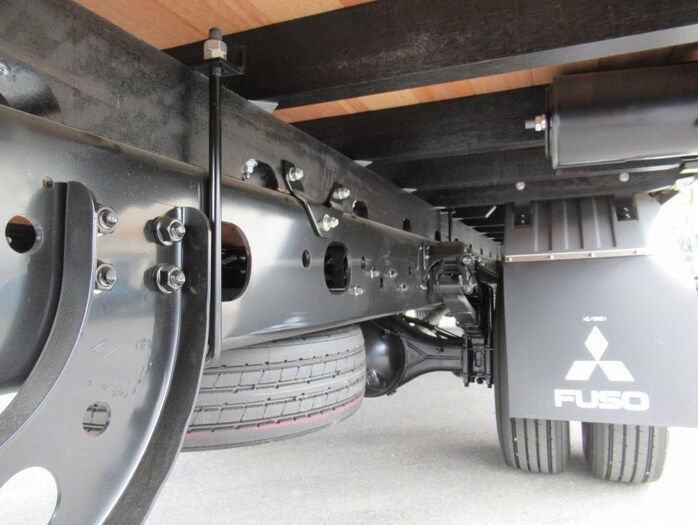 三菱 ファイター 中型 平ボディ アルミブロック ベッド|馬力 240ps トラック 画像 トラックバンク掲載