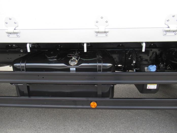 三菱 ファイター 中型 平ボディ アルミブロック ベッド|積載 8.5t トラック 画像 ステアリンク掲載
