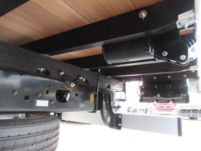 三菱 ファイター 中型 平ボディ アルミブロック ベッド|車検  トラック 画像 キントラ掲載