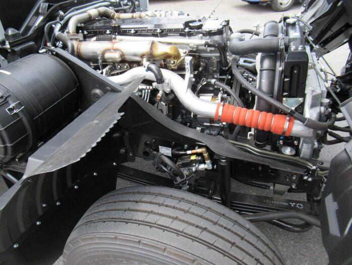三菱 ファイター 中型 平ボディ アルミブロック ベッド|エンジン トラック 画像 トラスキー掲載
