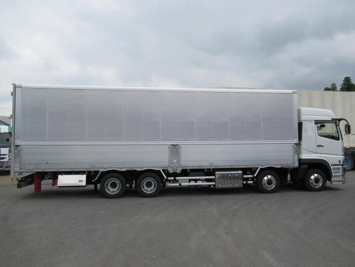 三菱 スーパーグレート 大型 ウイング ハイルーフ エアサス|トラック 右後画像 リトラス掲載