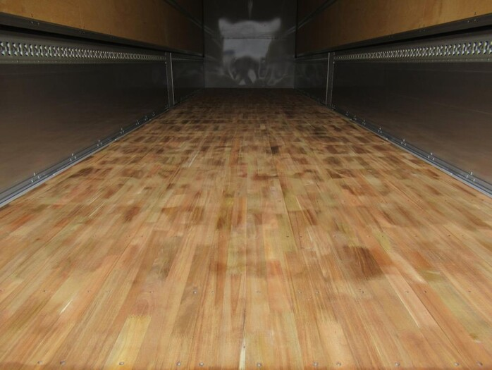 三菱 スーパーグレート 大型 ウイング ハイルーフ エアサス|走行距離 0.1万km トラック 画像 トラックランド掲載