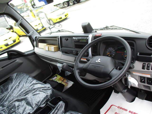 三菱 キャンター 小型 クレーン付 パワーゲート 4段|年式 R2 トラック 画像 トラックサミット掲載